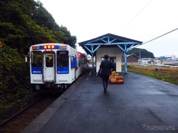 九州で初めて鉄道による貨客混載輸送が行なわれる松浦鉄道。