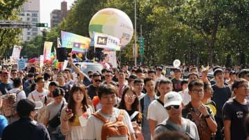 街がレインボーに染まった アジア最大規模の「台湾LGBTプライド」【写真17枚】