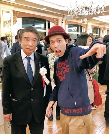 中村委員長(左)と上田監督(前回の懇談パーティ)