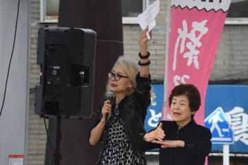 急逝した木内みどりさん。「れいわ新選組」の演説会に参加するなど、社会問題にも積極的にコミットした(2019年撮影)