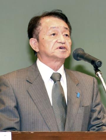 集会で講演する拉致被害者の地村保志さん=24日午後、福井県敦賀市
