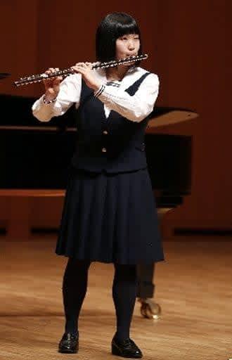 木管高校の部の演奏=24日、大分市のいいちこ音の泉ホール