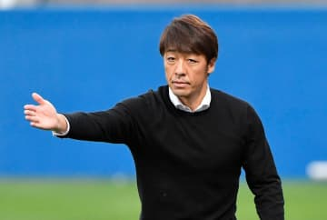 横浜FCの下平監督