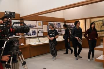 佐賀城本丸歴史館で行われたフィリピン映画の撮影=佐賀市
