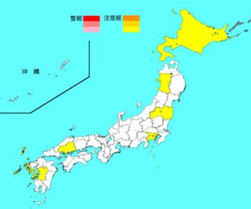 注意報レベルを超えている保健所地域は1都1道6県の9か所(マップは国立感染症研究所のホームページから抜粋)