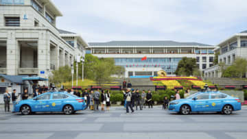 People lined up for test rides offered by WeRide in Guangzhou Science City on Thursday, Nov. 28, 2019. (Image credit: WeRide)