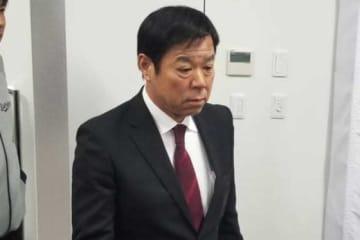 囲み取材に応じたオリックス・福良GM【写真:橋本健吾】