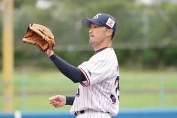 今季限りで現役を引退した寺原隼人氏がコーチに就任【写真:荒川祐史】