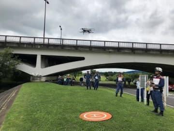 柏市消防局によるドローンの試験飛行の様子