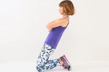 女性らしさもキープしながら、細く引き締めていくには、太もも痩せと連動させて体幹トレーニングをしていくのがおすすめです。