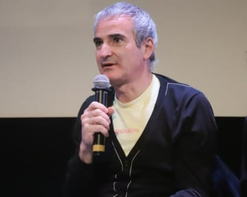イベントに出席したフランスの名匠オリヴィエ・アサイヤス監督