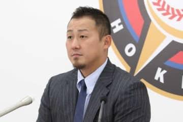 契約更改に臨んだ日本ハム・中田翔【写真:石川加奈子】