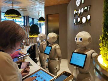 生まれ変わった東急プラザ渋谷にオープンする新業態カフェ「Pepper PARLOR」