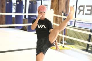 K-1初の女子王座決定トーナメントに挑むKANAが、公開練習を行った