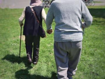 介護予防普及啓発講演会 神奈川公会堂で歩いてかんでフレイル予防・認知症予防にも