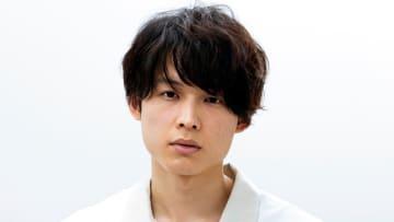 「すごくうれしい!」物語の鍵を握るピアニスト役にSixTONESの松村北斗が決定!