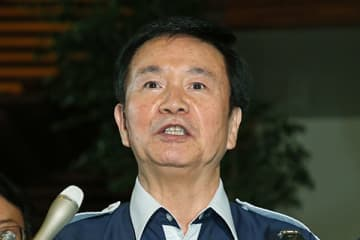 連日釈明会見に追われていた森田知事。