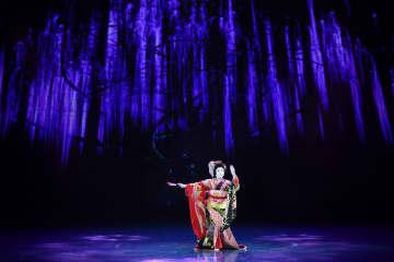 日本舞踊藤蔭流「藤娘」、海上シルクロード国際舞踊芸術交流ウィークで上演
