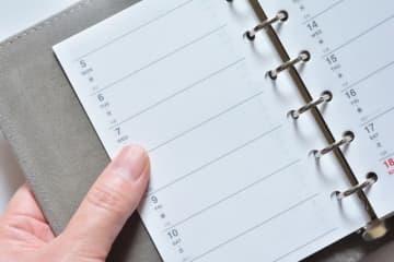 スケジュール管理で、意外にも20代女性は手書きのスケジュール帳を使う人が多い(tamayura39/stock.adobe.com)