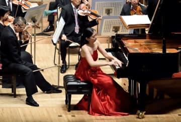 第35回大会で1位を獲得し、神奈川フィルハーモニー管弦楽団と共演する山縣美季さん
