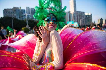マカオでインターナショナル・パレード開催