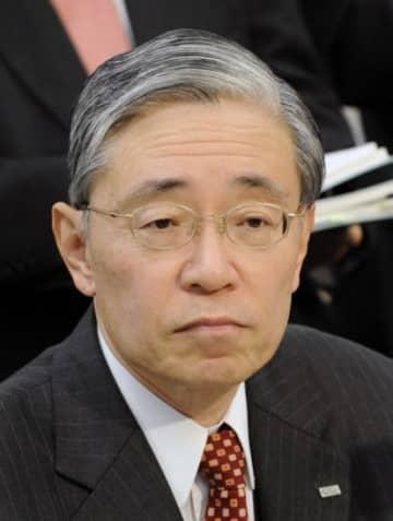 前田晃伸氏