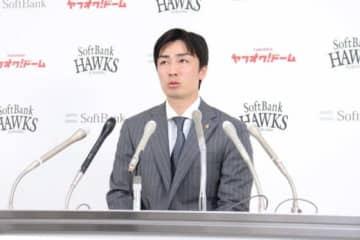 契約更改に臨んだソフトバンク・和田毅【写真:福谷佑介】