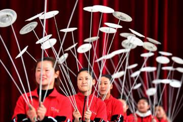 「氷上の夢」を追う生徒たち 河南省新蔡県