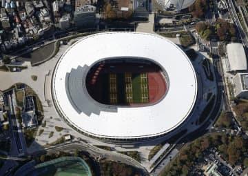 東京五輪・パラリンピックのメインスタジアムとなる国立競技場(共同通信社ヘリから)