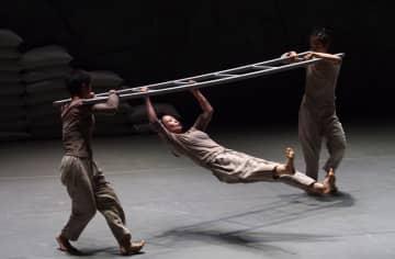 現代ダンス作品「挿銷」、上海で上演