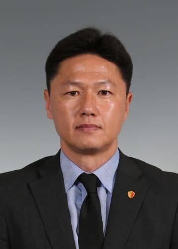 J1鹿島の大岩剛監督
