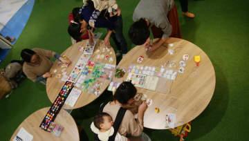 近鉄百貨店草津店にてごほうびサロン「写真が入る☆ミニガーランド作り」が開催されました!