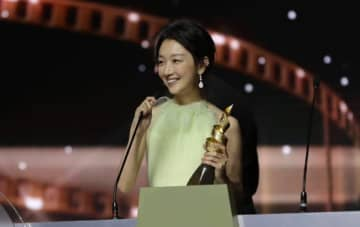 最優秀女優賞のチョウ・ドンユイ(写真:マカオ国際映画祭)