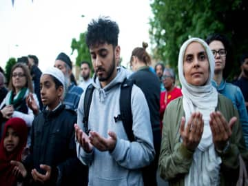 'Palpable fear' spreads among British Muslims following Johnson victory​