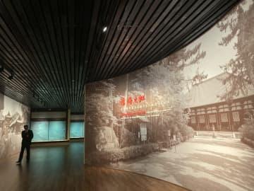 上海到着の唐招提寺の文化財、展覧会場で設置進む
