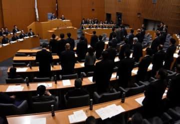 広島高速道路の整備計画の変更同意案を賛成多数で可決した広島県議会の本会議