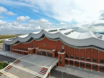 全国冬季スポーツ大会メインスタジアムが完成 内モンゴル自治区