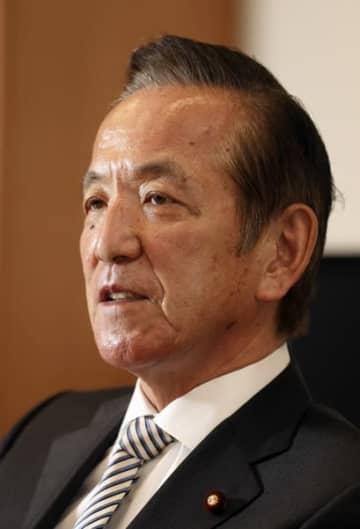 野党共闘の在り方について語る中村氏