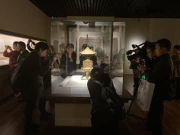 鑑真和上と唐招提寺東山魁夷作品展、上海で開幕