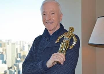 42年にわたってC-3POを演じたアンソニー・ダニエルズ