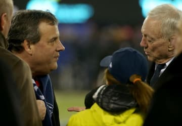 Then-New Jersey Gov. Chris Christie (left) chats with Dallas Cowboys Jerry Jones (right) at MetLife Stadium in East Rutherford in 2016. (John Munson/)
