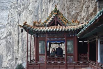 まさに壮観!断崖絶壁に建てられた「懸空寺」をゆく 山西省