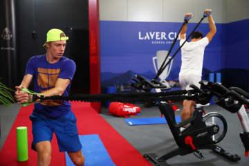 写真は「レーバーカップ」でトレーニングするシャポバロフ