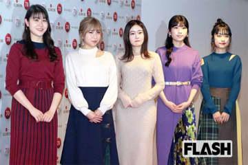 左からかれん、MAYU、芹奈、manaka、アサヒ