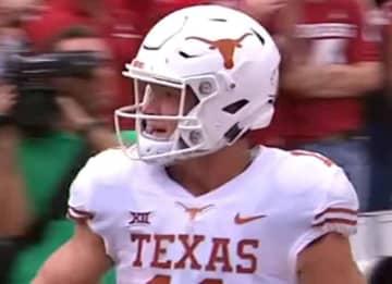 Longhorn's quarterback Sam Ehlinger