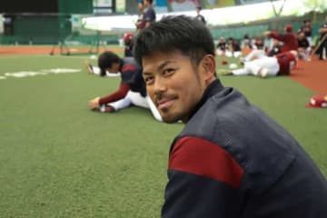 今季から楽天で2軍育成コーチを務める今江敏晃【写真:荒川祐史】