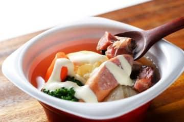 エア・ドゥ機内提供のスープ、ポトフとリゾットに 札幌バルナバフーズと共同開発
