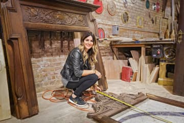 "Chicago-area native Alison Victoria Gramenos hosts ""Windy City Rehab"" on HGTV. - HGTV/Chicago Tribune/TNS"