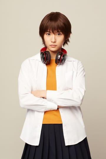 浅川梨奈、真面目なJK役でドラマ出演決定!「ぶっ飛べるところはぶっ飛んでいきます」