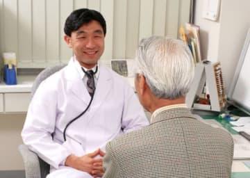 日本では病院任せにできるが…(写真はイメージ)
